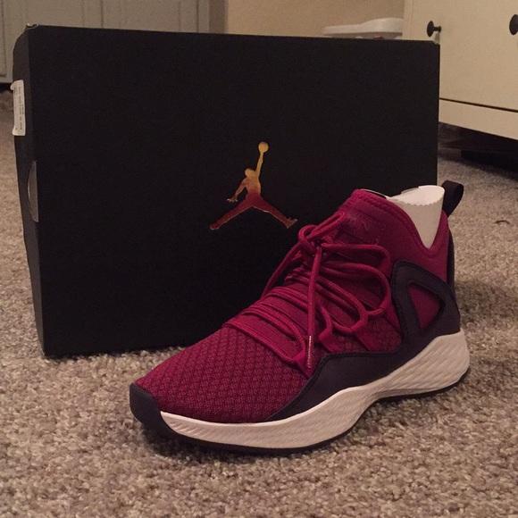 e45c49f92e5f77 Jordan Sneakers